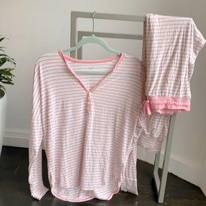 Gap modal pyjamas.